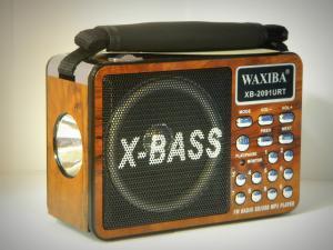 Mini radio si MP3 cu lanterna Waxiba XB-2091URT