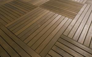 Pardoseli exterioare lemn