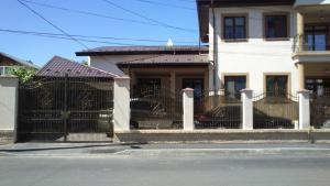 Constructori case