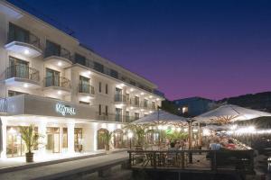 Hotel mistral 4*