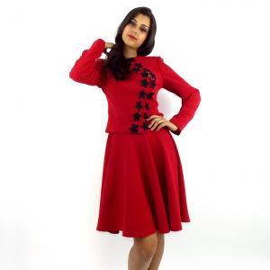Costum de dama