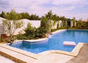 Piscine si echipamente piscine rezidentiale