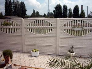 Placi gard beton