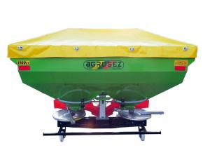 Fertilizator-Masina de fertilizat 1500 l