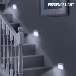 Lumina cu senzor