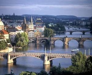 CAPITALE IMPERIALE BUDAPESTA – PRAGA – VIENA