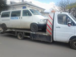 TRACTARI AUTOMOBILE ACCIDENTATE in BUCURESTI