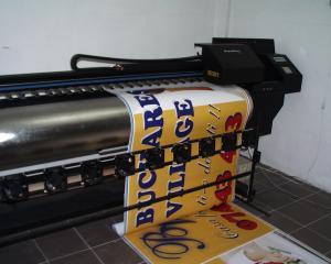 Frontlit banner mat