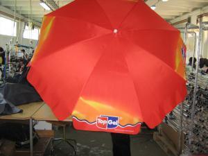 Umbrele de lemn terasa