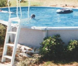 Vopsele rasinoase pentru piscine