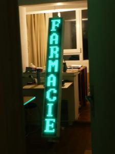 Reclame luminoase pentru farmacie