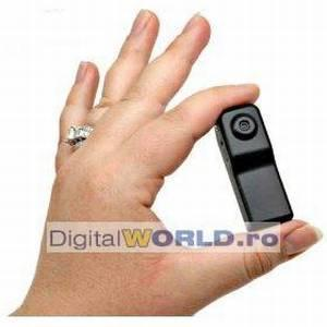 Camera video spion miniatura, cu activare sonora si functie webcam