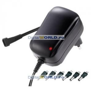 Alimentator multiplu universal stabilizat, reglabil 3 - 4.5 - 5 - 6 - 7.5 - 9 - 12V, 1000mA (1A) cu iesire USB