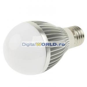 Bec super-economic cu LED-uri, consum 5W, echivalent 60W, lumina alba intensa
