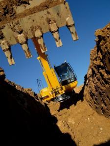 Excavator demolari cu