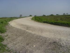Executii drumuri pietruite, compactate