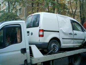 Tractari transport auto non stop