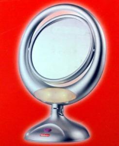Oglinda luminata pentru machiaj Beurer BS 48