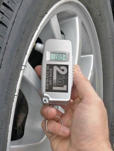 Presiune pneuri