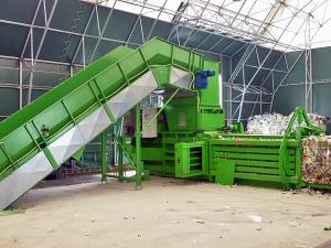 Presa de balotat automata pentru deseuri reciclabile