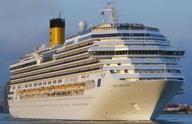 Roaziera cu vasul Costa Concordia in Mediterana de Vest