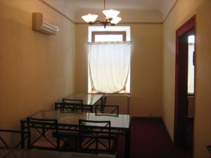 2 camere in zona mosilor