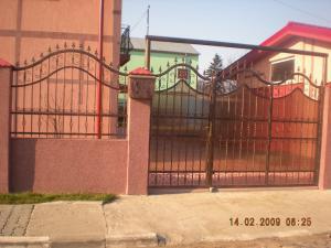 Garduri porti balcoane balustrade