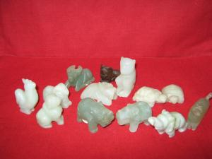 Figurine din jad