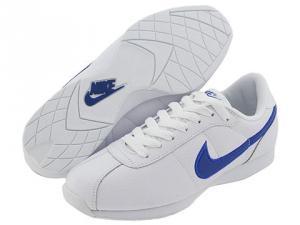 Adidasi dama Nike Stamina Lo