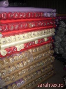 Tesaturi materiale textile