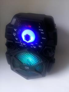 Boxa activa portabila Q6 cu Stick USB si micro SD Card Karaoke