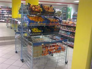 Rafturi pentru legume fructe
