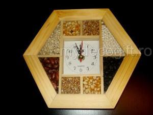Ceas lemn seminte decorative