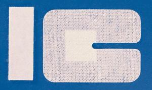 Plasture fixare branula - cu slit - 6x8 cm - 100 buc
