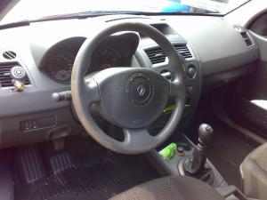 Dezmembrari auto renault