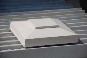 Stalpi gard beton