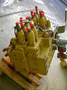 Distribuitor excavator Caterpillar 315C