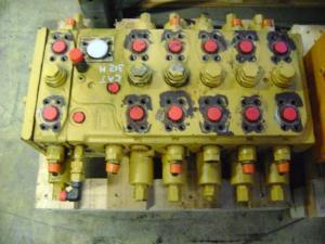 Distribuitor hidraulic excavator Caterpillar M 312