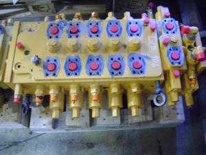 Distribuitor hidraulic excavator Liebherr 904
