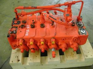 Distribuitor hidraulic excavator O&K RH 6-22