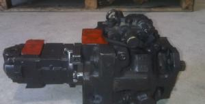 Pompa hidraulica buldoexcavator Komatsu WB 97
