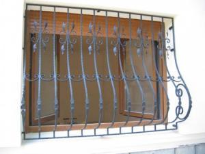 Grilaj ferestre fier forjat