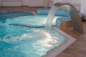 Statie de filtrare pentru piscina