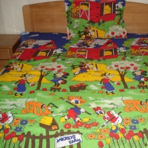 Lenjerii de pat copii Ferma lui Mickey, Donald, Pluto, Daisy HSL1121
