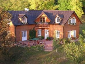 Case din lemn Monolit