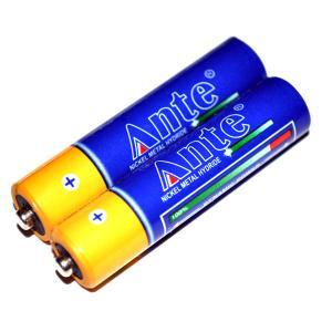 Baterii acumulatori de 9v