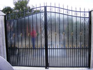 Garduri policarbonat