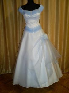 Rochie de mireasa MODEL 375