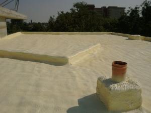 Izolatii cu spuma poliuretanica acoperisuri