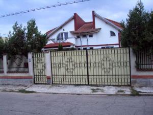 Vanzare Case / Vile Matei Voievod Targoviste GLX4009001